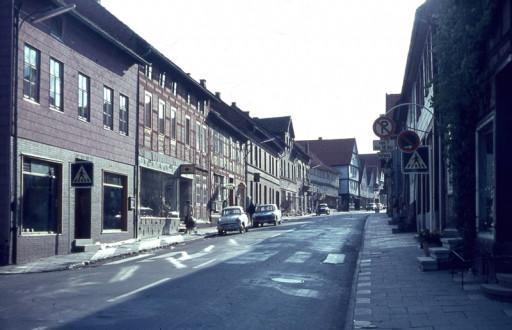 , li_0320, Blick in die  Lange Straße von unten., 1973