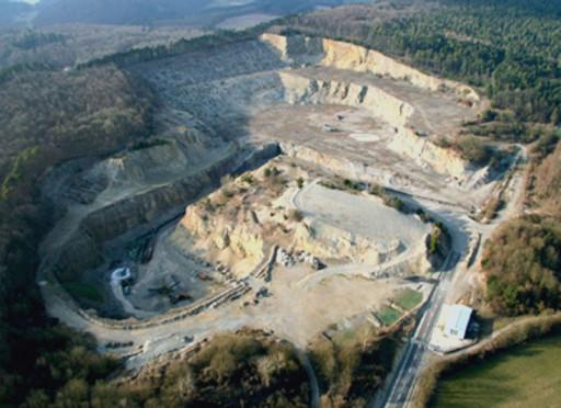 , li_0697, Zementwerk, neuer Steinbruch, nach 2003