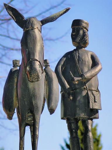 , li_1059, Figur des Eselstreibers von Schmiedemeister Schmelzer aus Ellierode, 2003